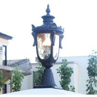 Philadelphia Pillar Light in a Historical Design