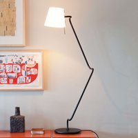 Elane   innovative table lamp with rotary joints