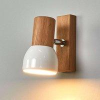 Svenda   wall spotlight made of oiled oak wood