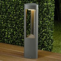 Nanna Triangular LED Pillar Lamp Made of Aluminium
