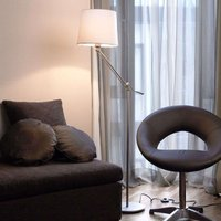 Moving floor lamp Milan with cotton lampshade