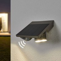 Ghost Solar LED exterior wall light with MD