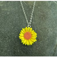 Sunflower Classic Yellow Flower Pendant Necklace