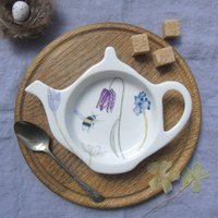 Spring Flowers And Bees Teabag Tidy