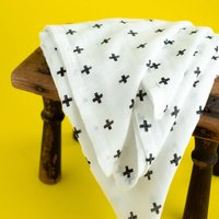 B+W Cross Pattern Cotton Muslin Swaddle Baby Blanket
