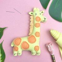 Gloria The Giraffe Felt Sewing Kit