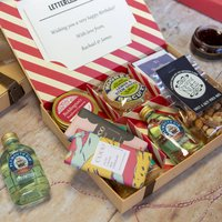 Best Of British Letter Box Hamper With Gin, Red/Green/Brown