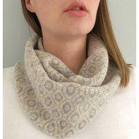 Ladies Knitted Lambswool Circle Scarf, Beige/Grey/Navy