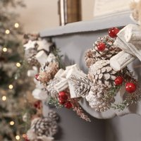 Wildwood Sparkle Pine Cone Christmas Garland
