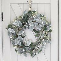 Frosted Mistletoe Wreath