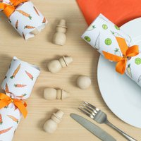 Sprouts, Carrots, And Snowmen Christmas Crackers