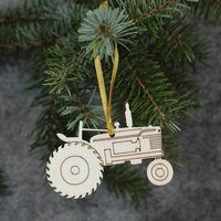 Five Tractor Tree Decorations / Gift Tags