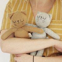 Dijon The Hand Knitted Cat Grey/Mustard