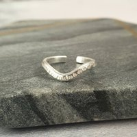 Silver Wave Hammered Adjustable Toe Ring, Silver