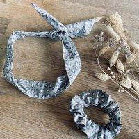 Wire Twist Headband And Scrunchie In Green Leopard