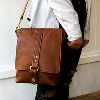 Caramel Tan Merritt Messenger Bag