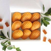 French Cakes Gift Box: Nine Salted Caramel Madeleines