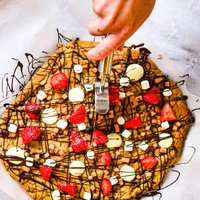 Cookie Dough Pizza Baking Kit