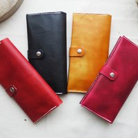 Handmade Leather Bi Fold Purse