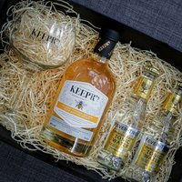 Personalised Honey Gin And Tonic Gift Set