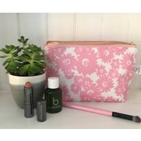 Daisy Make Up Bag, Taupe/Pink