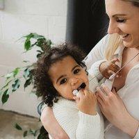Pebble Cream Teething Necklace