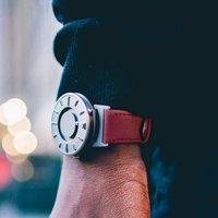 Bradley Canvas Crimson Watch