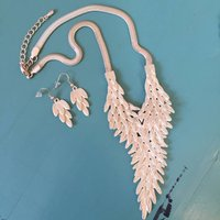 Feather Pointed Necklace And Earrings Set