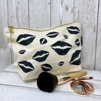 Lips Make Up Bag