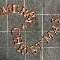Wooden Tartan Merry Christmas Garland