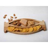 Elegant And Versatile Oak Wood Serving Platter