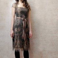 Lace Occasion Dress With Forties Neckline In Green Gold