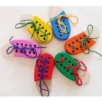 Lacing Shoe Montessori Toy, Red/Green