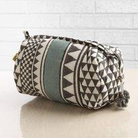 Sankari Geometric Stripe Quilted Voile Makeup Bag