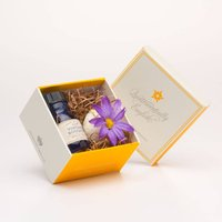 Vintage Bouquet Soothing Gift Box