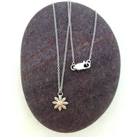 Silver Daisy Necklace, Silver