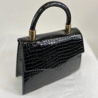 Classic Vintage Penny  Handbag In Black