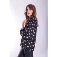Mollie v-neck Top in Black Floral Print