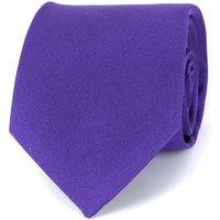 Deze profuomo stropdas paars 16m is gemaakt van zijde in de kleur paars met een uni dessin en wordt gratis ...