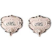 Shabby Chic Hook Set with Mr. and Mrs. Inscription - White