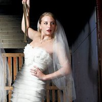 Scattered Pearl Border & Cut Edge Veil - Ivory