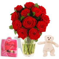 Hugs Romantic Gift Set - flowers - Flower Bouquet Gifts