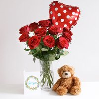 Sweet Love Gift Set - flowers - Arena Flowers Gifts