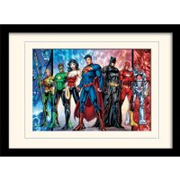 DC Comics - Justice League United Mounted & Framed 30 x 40cm Print