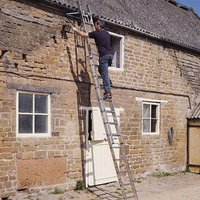 Youngman Youngman 3-Section Ladder 2.50 - 5.69m