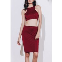 Alluring Sleeveless Round Neck Solid Color Crop Top + High-waisted Skirt Women