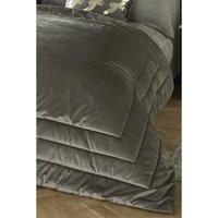 Caprice Chic Bedspread