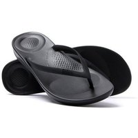 FitFlop Women's iQUSHION Ergonomic Flip Flops - Black