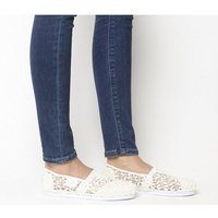 Toms Seasonal Classic Slip On White Lace Leaves