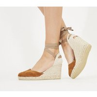 shop for Gaimo for OFFICE Ankle Wrap TAN SUEDE GOLD RAND at Shopo